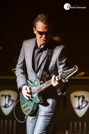 JoeBonamassa-EventimApollo-Hammersmith_UK-20150320-01