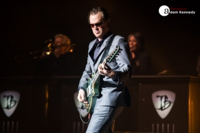 JoeBonamassa-EventimApollo-Hammersmith_UK-20150320-03