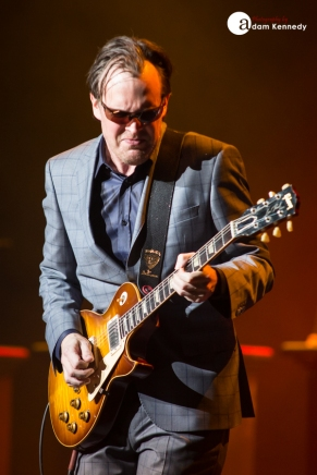 JoeBonamassa-EventimApollo-Hammersmith_UK-20150320-16