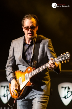 JoeBonamassa-EventimApollo-Hammersmith_UK-20150320-19